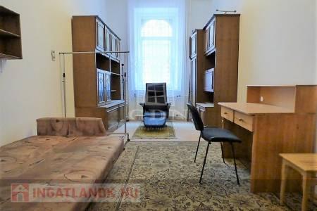 Eladó  lakás Budapest VII. ker, 44.900.000 Ft, 70 négyzetméter